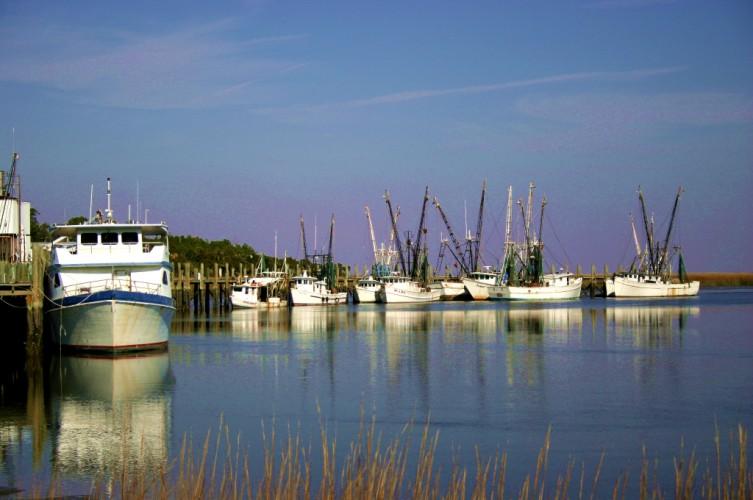 shrimpboats1.jpg